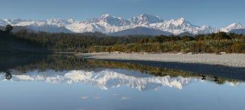 Mt. Cook en Mt. Tasman, de Kust Nieuw Zeeland van het Westen Royalty-vrije Stock Foto