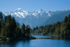 Mt Cook from Lake Matheson Royalty Free Stock Photo