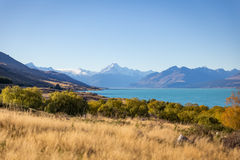 Mt. Cook and lake Pukaki at Peter lookout Royalty Free Stock Images