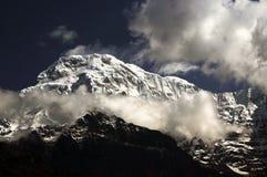 Mt Devi de Nanda de la gamme de montagne de l'Himalaya images stock