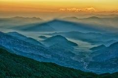 Mt. Dhaulagiri, sikt från Mt. Shivapuri Royaltyfri Foto