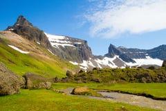 Mt Dyrfjöll门山 免版税库存图片
