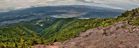 Mt Eboshidake fa parte delle alpi giapponesi nella prefettura di Nagano ed è alto 2.066 metri Immagine Stock