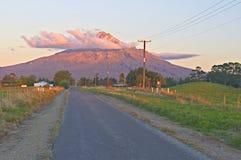 Mt. Egmond imagenes de archivo