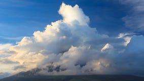 Mt el Monte Mayon III metrajes