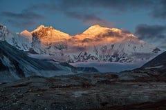 Mt everest mt nuptse lhotse Arkivbilder