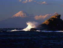 Mt fuji. Waves breaking on the coast of Izu with Mt. Fuji in the background Stock Photography