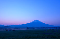 Free Mt.Fuji At Dawn Royalty Free Stock Images - 50946089