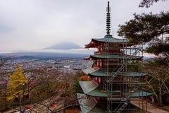 Mt. Fuji with Chureito Pagoda in autumn Royalty Free Stock Photos