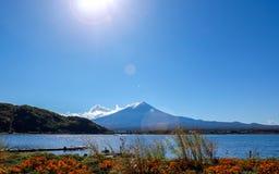 Mt Fuji con il chiarore Fotografia Stock