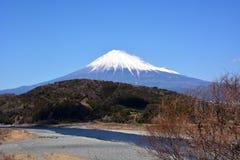 Mt Fuji con nieve Imágenes de archivo libres de regalías