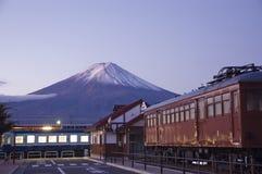 Mt Fuji an der Dämmerung. Stockfotografie