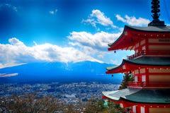 Mt Fuji e o pagode de Chureito, parque nacional de Fuji-Hakone-Izu, imagem de stock