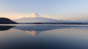 Mt Fuji in the early morning. With reflection on the lake kawaguchiko Royalty Free Stock Images