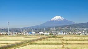 MT-fuji met blauwe hemel, Japan royalty-vrije stock afbeeldingen
