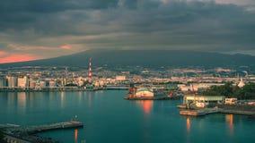 MT Fuji met de industriestreek van Japan bij de prefectuur van zonsondergangshizuoka, Japan stock videobeelden