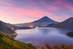 Mt Fuji, otoño de Japón imagenes de archivo