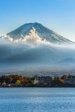 Mt Fuji przy Jeziornym Kawaguchiko Zdjęcia Stock