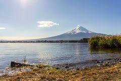 Mt Fuji w ranku przy Jeziornym Kawakuchi Fotografia Stock