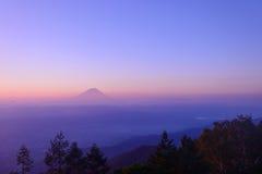 Mt Fuji y mar de nubes Imagen de archivo libre de regalías