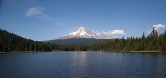 Mt Hood Trillium Lake summer panorama Royalty Free Stock Image