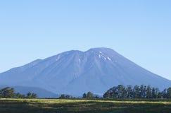 Mt.Iwate en blauwe hemel Royalty-vrije Stock Afbeelding