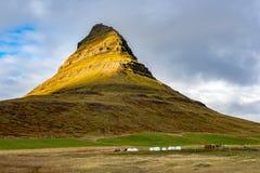 MT Kirkjufell, IJsland Stock Foto's