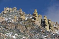 Mt Lemmon Hoodoos Dotykający z Lekkim śniegiem Obraz Stock