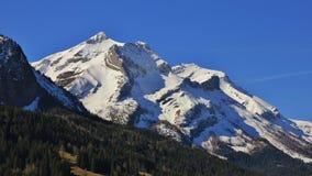 Mt maestoso Oldenhorn in primavera Immagini Stock Libere da Diritti