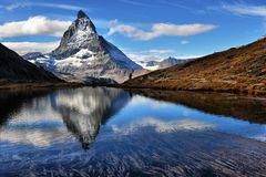 Mt Matterhorn reflected in Riffelsee Lake Zermatt Canton of Vala Stock Photos