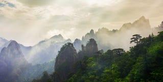 Mt Montering huangshan Royaltyfria Foton