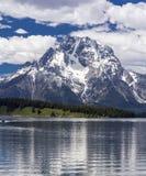 Mt Moran på den storslagna Teton nationalparken, Wyoming Arkivfoto