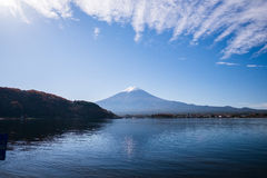 Mt Mount Fuji i höst royaltyfria bilder