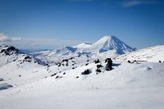 Mt Ngauruhoe de Mt Ruapehu Whakapapa Ski Field New Zealand fotografía de archivo