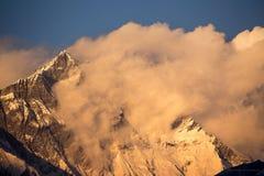 Mt Opinión de la puesta del sol de Lhotse Fotos de archivo libres de regalías