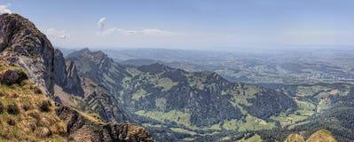 Mt Pilatus популярное туристское назначение в европейской стране Швейцарии стоковые изображения