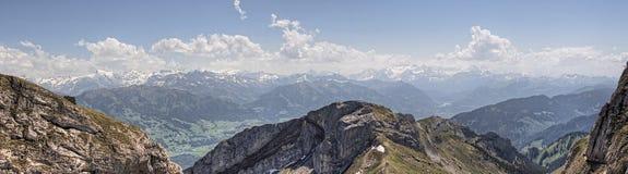 Mt Pilatus популярное туристское назначение в европейской стране Швейцарии стоковые фотографии rf