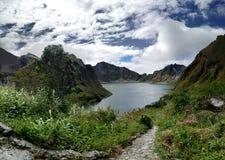 Mt Pinatubo-Krater Stockfotos