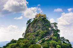 Mt Popa auf Myanmar Stockbilder