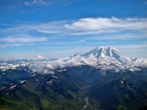 Mt Rainier Facing Mt Adams foto de stock royalty free