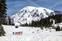 Mt Rainier Hikers Images stock