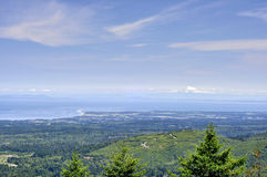 Mt. Rainier, Pacific Ocean and mountain landscape Royalty Free Stock Photography