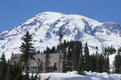 Mt Ranier历史的加油站 免版税图库摄影