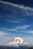 Mt. regenachtiger met Wolken royalty-vrije stock fotografie