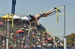 Mt Reunión 2016, Women&#x27 del atletismo de las retransmisiones del saco; s poste Valut Imagenes de archivo