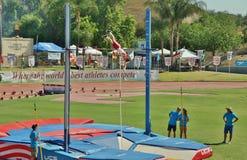 Mt Sac передает 2015 встречу легкой атлетики, поляк Valut Последний держаться на историческом стадионе ложи Hilmer стоковые фото