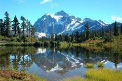 Mt shuksan & lago do retrato Imagens de Stock