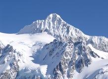Mt Shuksan couvert dans la neige. Image stock