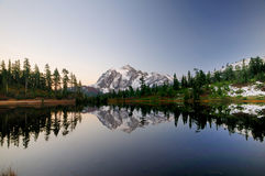 Mt Shuksan landscape Royalty Free Stock Photos