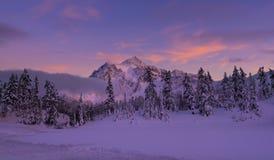 Mt Shuksan w zimie obraz stock